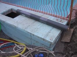 membran over teknisk rum ved swimmingpool