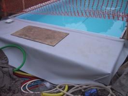 membran over teknisk rum swimmingpool.